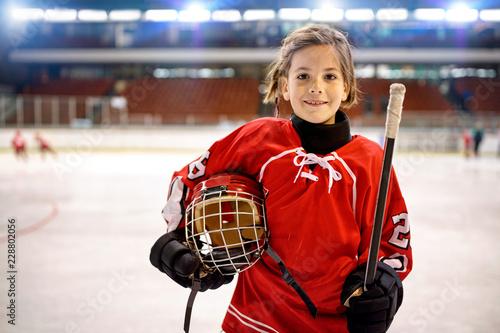 Youth girl hockey players.