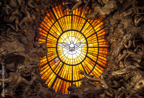 Throne Bernini Holy Spirit Dove, Saint Peter's Basilica in Rome Fototapeta