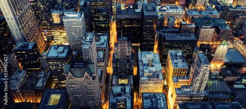 Fototapeta premium Widok z lotu ptaka Chicago nocą