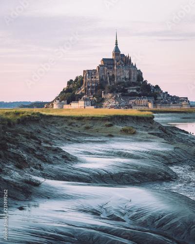 Wallpaper Mural Mont Saint Michel