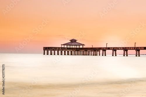 Fototapeta Pier Fort Myers Beach