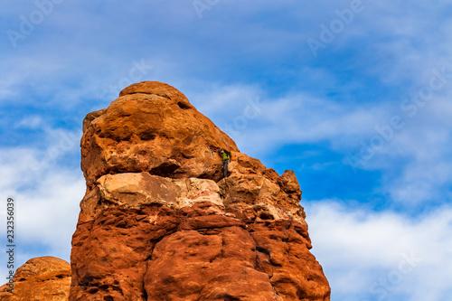 Tableau sur Toile Rock climber at Arches National Park