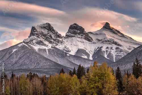 Obraz na płótnie Grzbiet górski Trzy Siostry