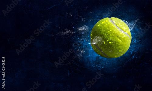 Photo Tennis ball in fire