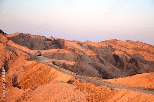 Coucher de soleil dans le désert du Sud-Est de l'Egypte