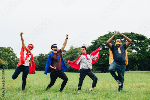 Платно Adult superheroes enjoying in the park