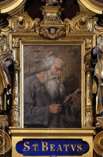 Fotografiet Saint Beatus, altarpiece in the church of St