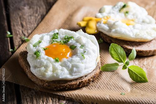 Cloud egg on toast