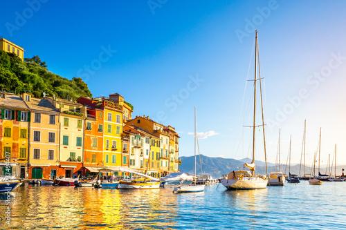 Fototapeta Beautiful sea coast with colorful houses in Portofino, Italy