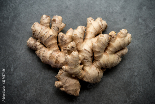 Fresh ginger root Fototapet
