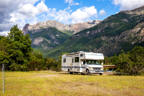 Canvastavla Panoramic view of MOTORHOME RV In Chilean landscape in Andes
