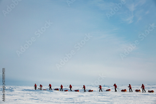 Tableau sur Toile Barneo drifting camp, North Pole - April 11, 2015: Group of teenagers going to expedition to North Pole