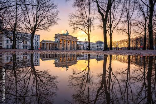 Brandenburger Tor im Winter, Berlin, Deutschland