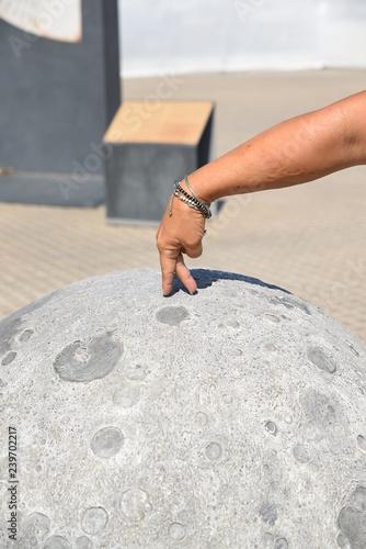 spaziergang auf dem mond mondspaziergang walk on the moon moonwalk Fototapeta