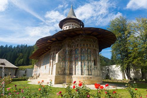 Cuadros en Lienzo Painted church in Voronet monastery, Romania