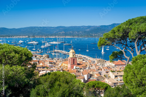 Obraz na płótnie Saint-Tropez old town and yacht marina view from fortress on the hill