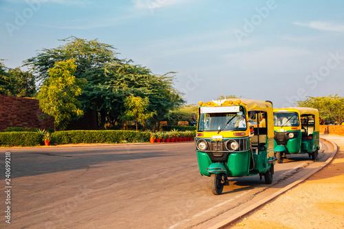 Obraz na plátně Auto rickshaw in Jodhpur, Rajasthan, India