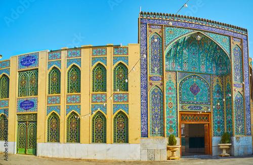 The scenic portal of Imam Zadeh Jafar complex, Yazd, Iran фототапет
