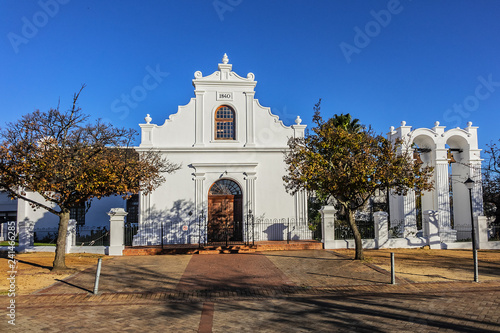 Fotografia Stellenbosch Rhenish Mission Church (1823 - 1840) with its fine gables, built in form of an incomplete T, faces southern side of Braak