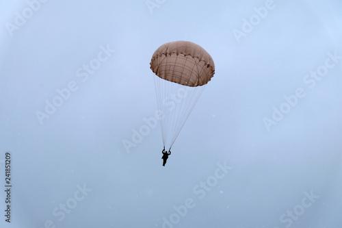 Wallpaper Mural Paratrooper is landing