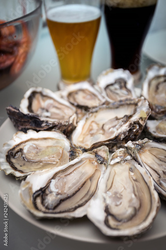 oysters on a large plate