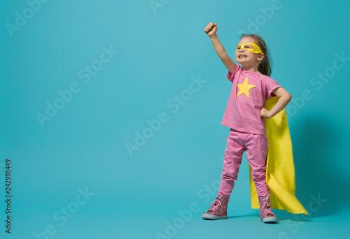 Fotografia, Obraz child playing superhero