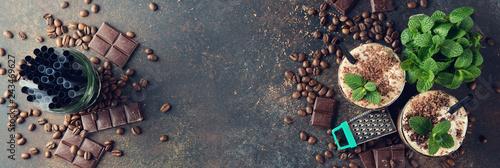 Fotografia Cold coffee latte with chocolate