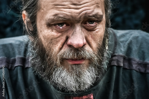 Homeless man crying portrait closeup Fototapeta