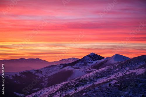 Valokuva Sunset looking Gran Sasso Mountain