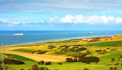 Obraz na płótnie Ferries crossing Straight of Dover (Pas de Calais) on a sunny summer day