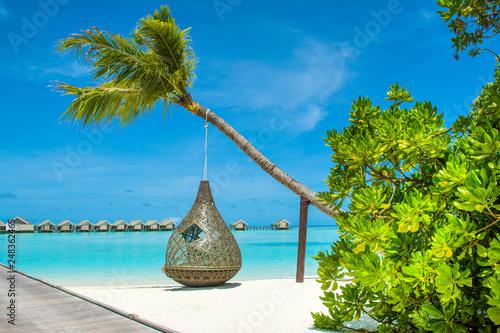 Fotografia Overwater bungalow in the Indian Ocean