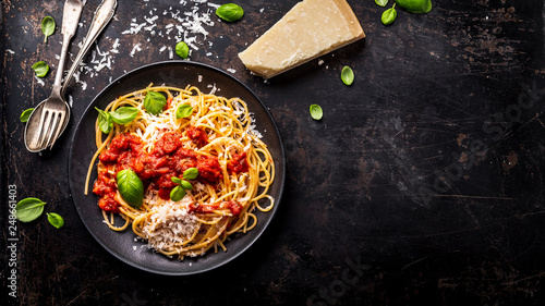 Canvas-taulu delicious appetizing classic spaghetti pasta with tomato sauce, parmesan