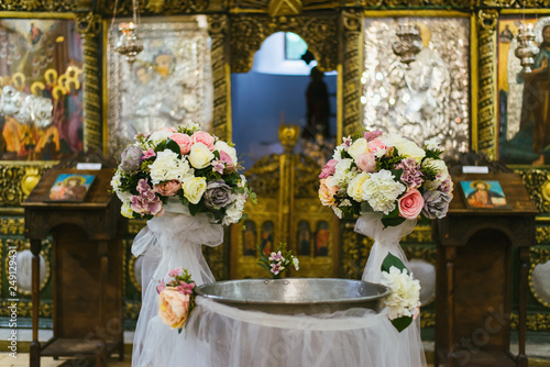 Photo Floral decoration in a church
