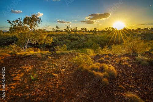 Canvas Print sun at sunset over joffre gorge in karijini national park, western australia 2