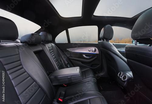 Платно Mercedes-Benz Innen