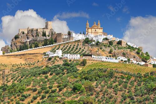 Fotografia Olvera is a white village (pueblo blanco) in Cadiz province, Andalucia, Spain