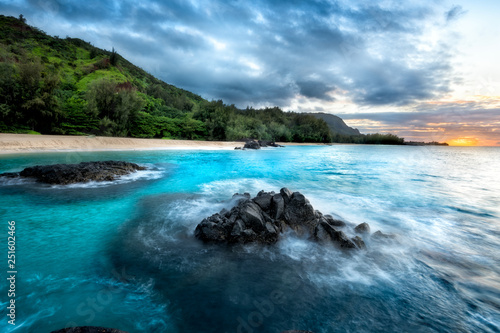 Canvas Print Dramatic Sunset at Secret Beach, Kauai, Hawaii