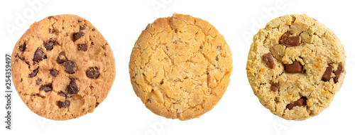 Photo Different chocolate chip and oat cookies isolated on white background