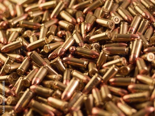 Fotografija 9mm bulk ammunition