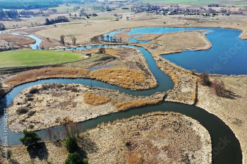 Warmia-wiosna nad rzeką Łyną