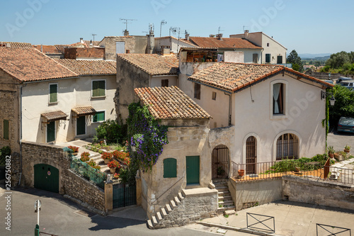 Cuadros en Lienzo Restaurants, houses and narrow streets as viewed from the Roman amphitheatre in