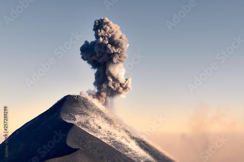 Fotografia Volcano eruption in Guatemala