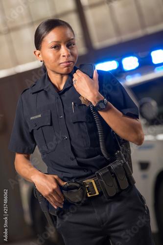 Canvas Print Female Officer