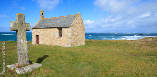 Fotografija Saint Samson chapel in Landunvez, Finistère, Brittany, France