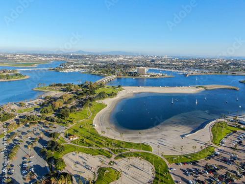 Fotografia Aerial view of Mission Bay & Beaches in San Diego, California