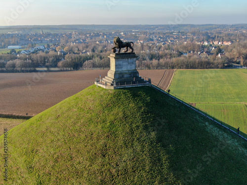 Photo Aerial view of The Lion's Mound with farm land around
