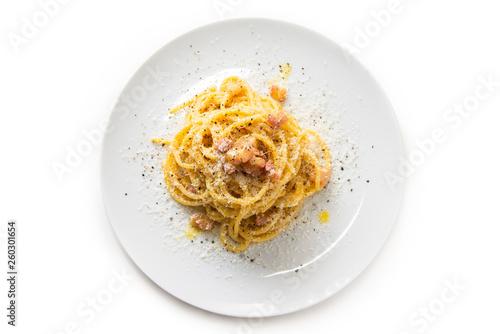 Fotografia Spaghetti alla carbonara, tipica ricetta di pasta italiana