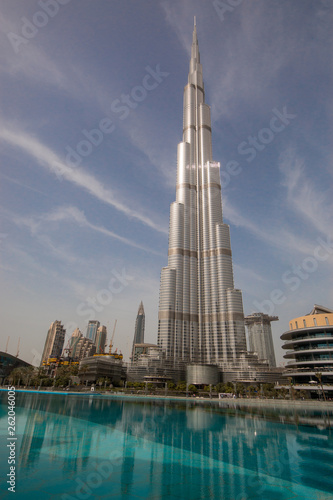 Dubai is a city and emirate in the United Arab Emirates Fototapete