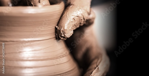 Stampa su Tela Hands of potter making clay pot