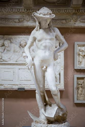 Photo Italia, Firenze, copie in gesso di importanti sculture